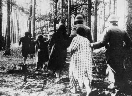polish-women-led-to-execution2