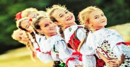 Polskie mlode Krakowianki