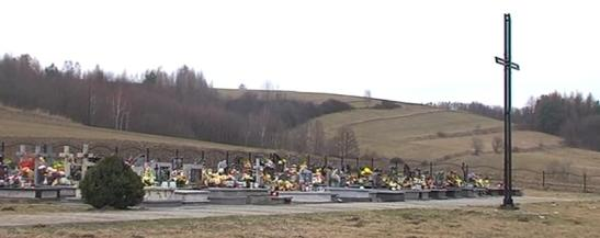 Groby pomordowanych Polakow na Ukrainie