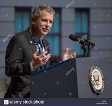 Sherrod Brown (R-Ohio)